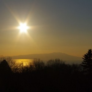輝く日の出